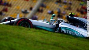 German GP: Rosberg beats Hamilton to pole
