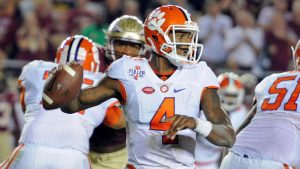 College Football Power Rankings: Playoff committee has it easy this week
