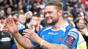 Newport Gwent Dragons: Captain Lewis Evans signs new deal