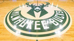 Sources: Bucks cut Hawes to avoid luxury tax