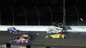 Video: Will Power spins, sets off crash early in IndyCar race at Gateway