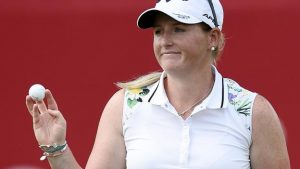 Canadian Pacific Women's Open: England's Holly Clyburn one off lead