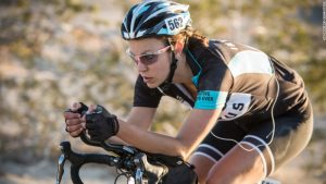 Cycling mag apologizes for 'token attractive woman' caption