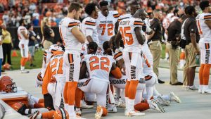 Cleveland police union will not hold flag after 'ignorant' Browns anthem protest