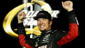 NASCAR at Darlington results: Martin Truex Jr. clinches 2017 regular-season title