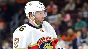 Canucks sign Vanek to 1-year, $2 million deal