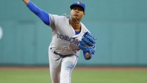 Marcus Stroman leaves start after taking Mark Trumbo line drive off pitching elbow