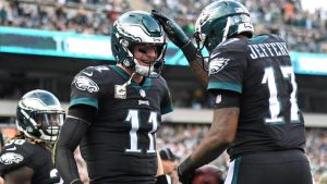 Pencil in the 8-1 Eagles for the Super Bowl already? History is on their side