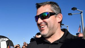 Tony Stewart fan arrested, charged with felony stalking NASCAR star