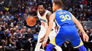 Sources: Clippers' Beverley has knee surgery