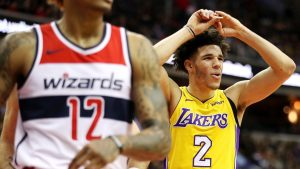 LaVar says Lakers 'soft' on Lonzo: 'Get the W'