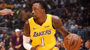 Lakers rally late to avoid embarrassing loss to Bulls