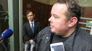 Stephen Lee: Banned snooker player avoids prison in Hong Kong