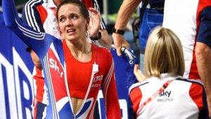 Wounded Pendleton wins world gold